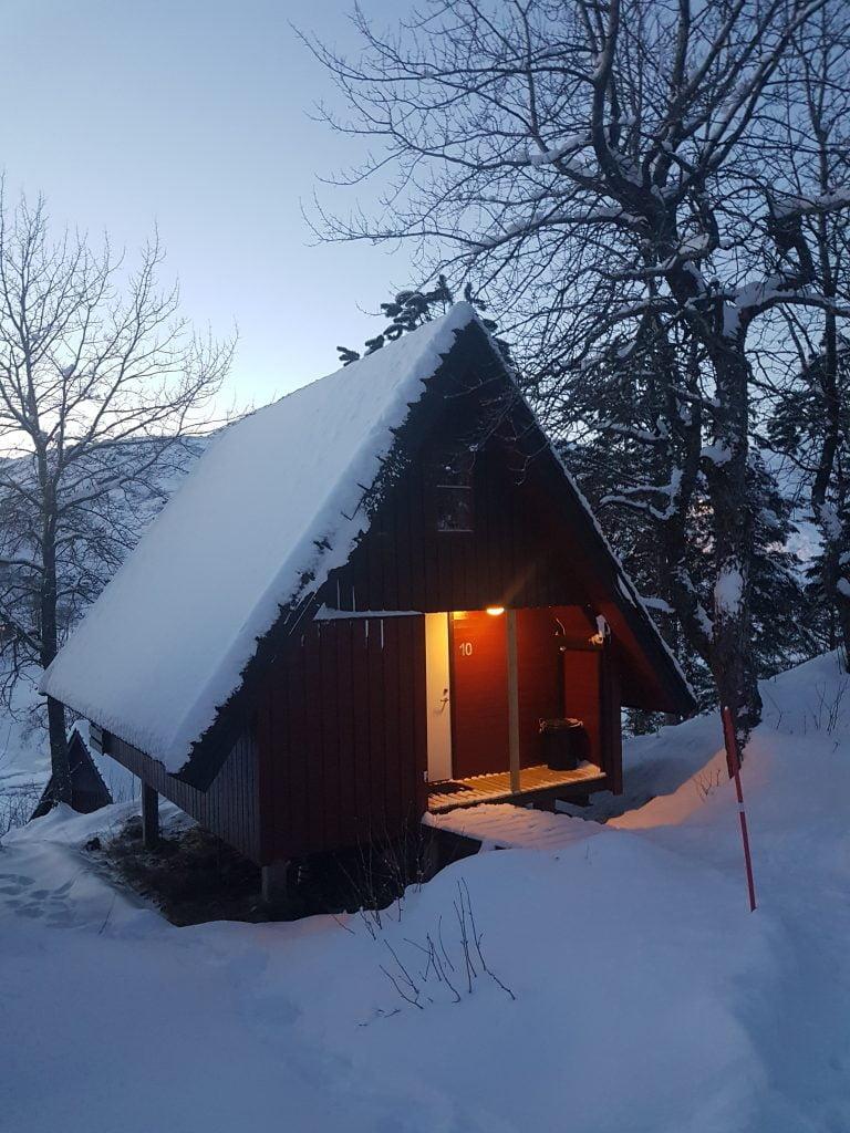 Il nostro cottage sul lago Svolvaervannet, il primo alloggio low cost.