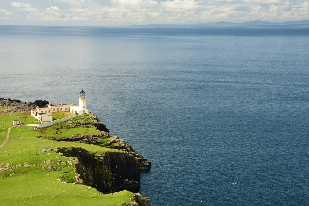 Il faro di Neist Point e il bellissimo panorama che si può osservare sono cose da vedere assolutamente sull'isola di Skye.