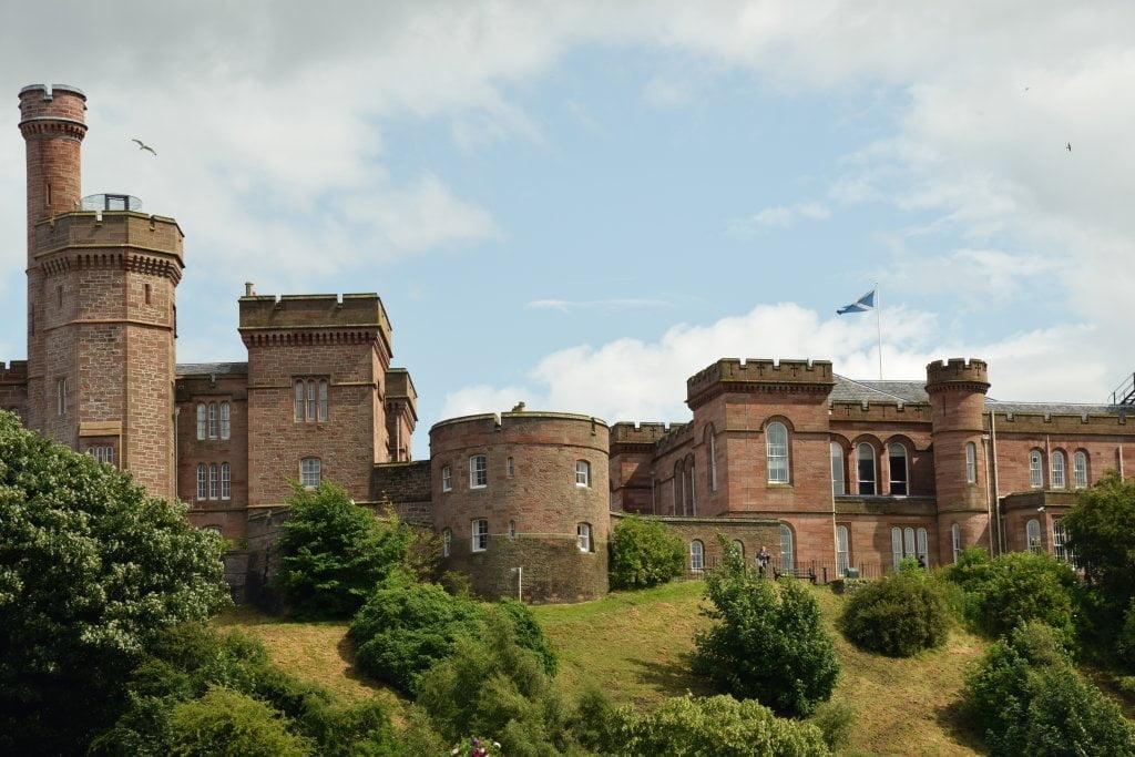 Il castello di Inverness, Scozia.