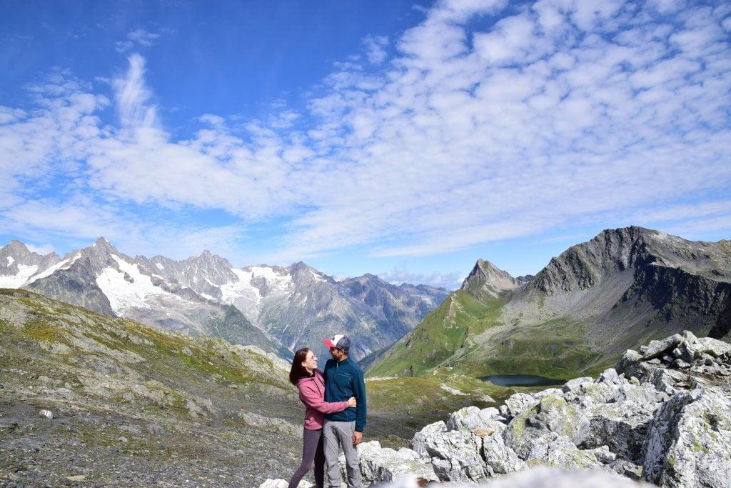Sulla finestra di Ferret insieme a Valerio, durante il nostro trekking in Valle d'Aosta.
