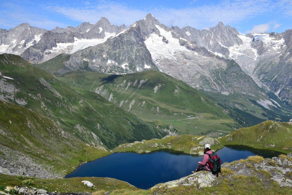 L'arrivo del trekking in Valle d'Aosta: uno dei laghetti di Fenêtre.