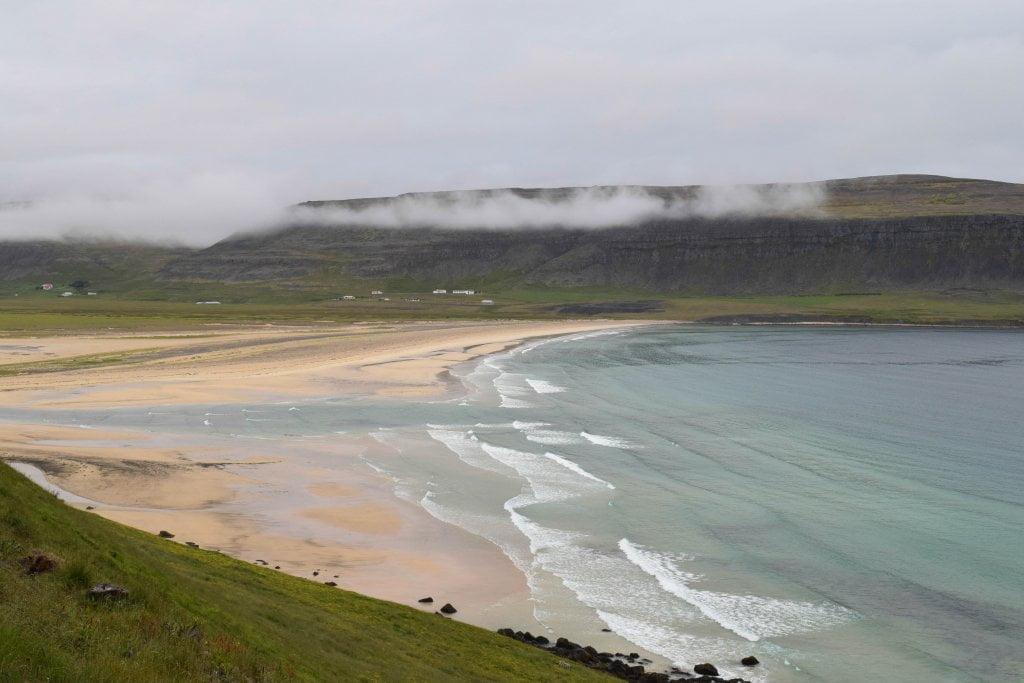 Cosa vedere in Islanda: la spiaggia di Breiðavik.