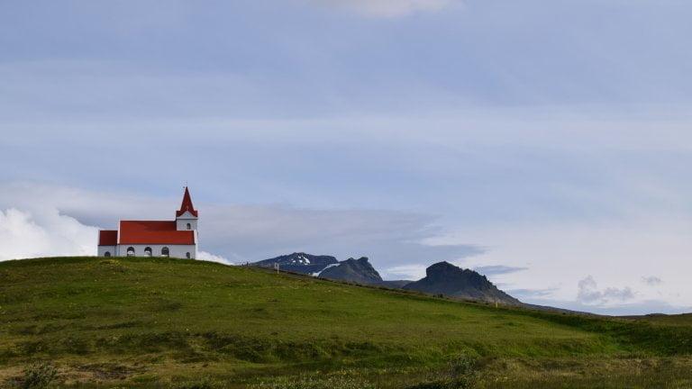 Chiesa rossa rif islanda