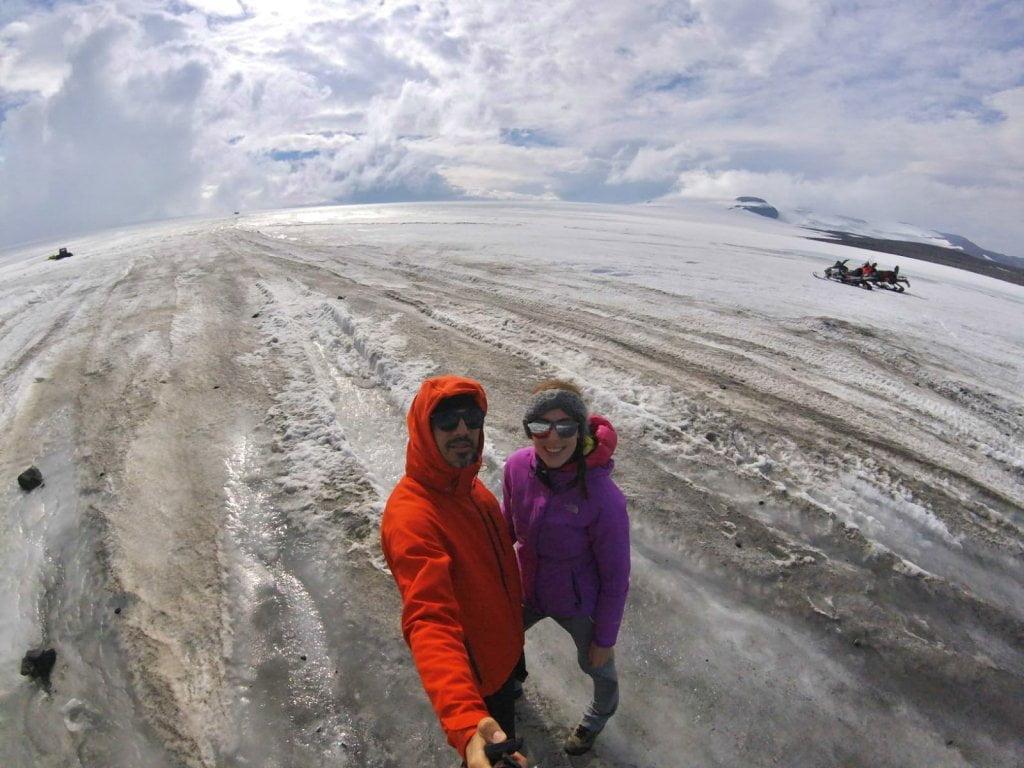 Io e Valerio al ghiacciaio Langjökull.