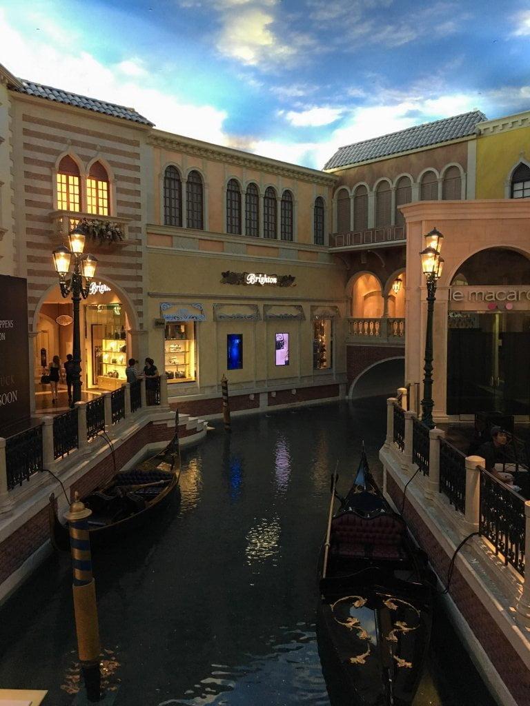 L'interno dell'hotel The Venetian, a Las Vegas.