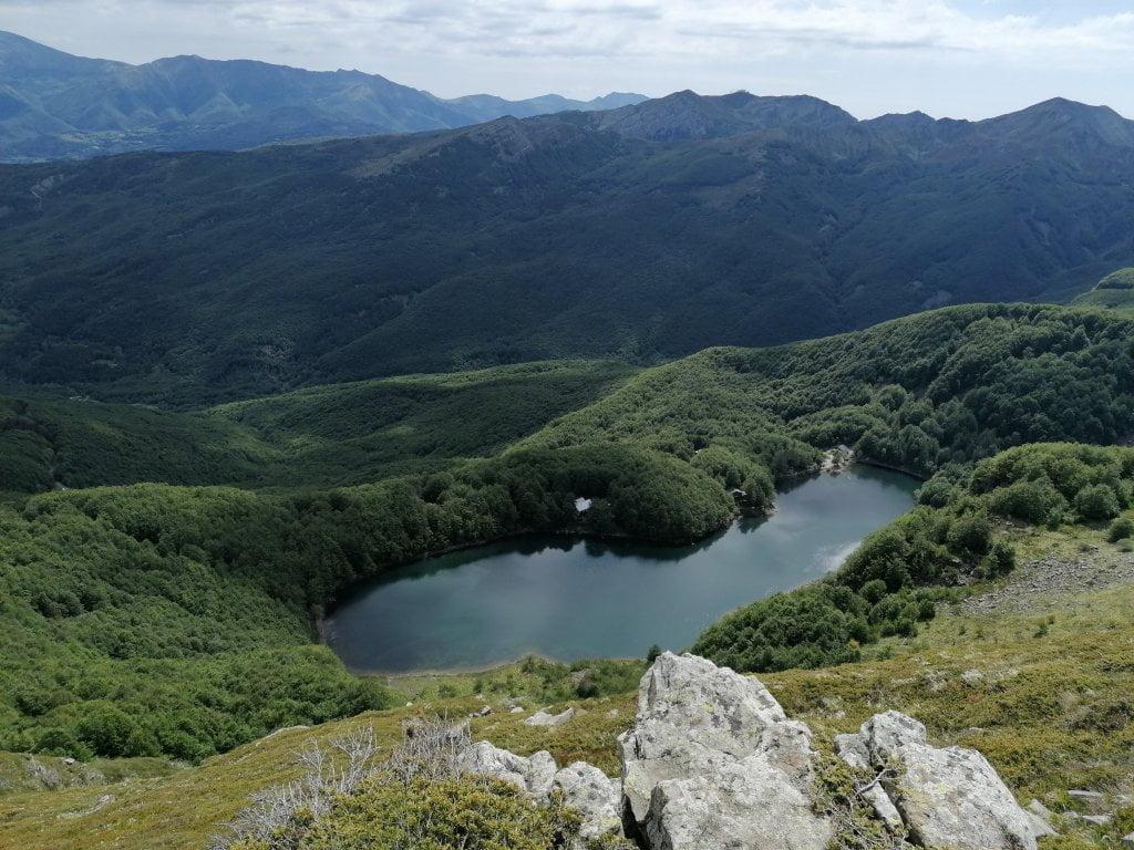 Il Lago Santo modenese visto dall'alto.