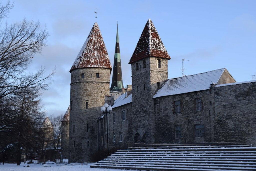 Viaggio a Riga, Tallin, Helsinki: le mura della città (Tallinn)