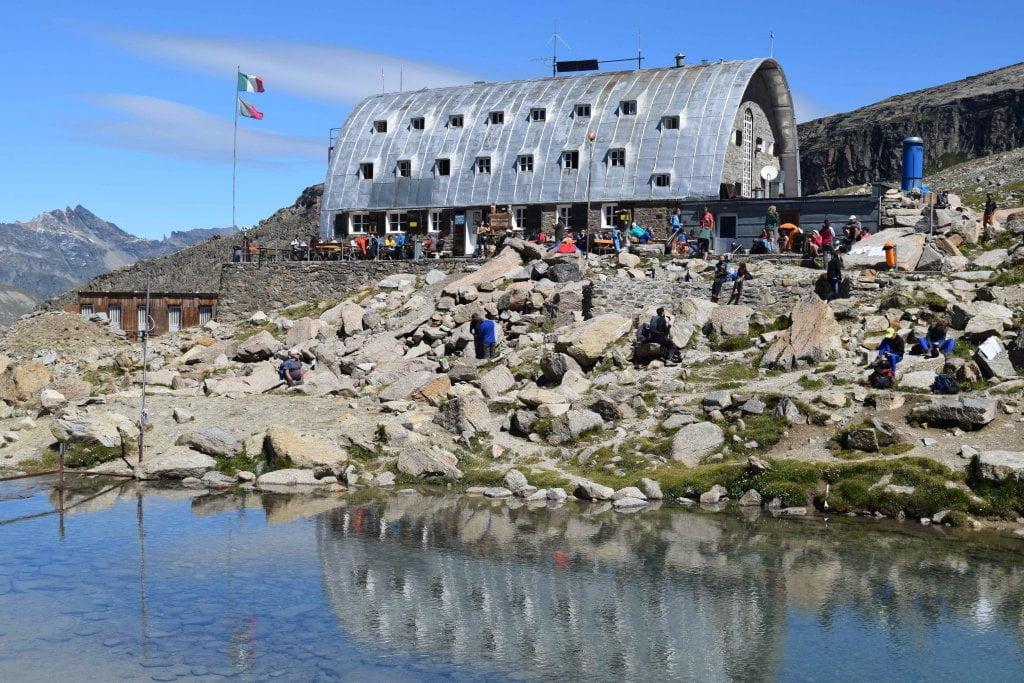 Le vallate più belle della Valle d'Aosta: il rifugio Vittorio Emanuele, in Valsavarenche.