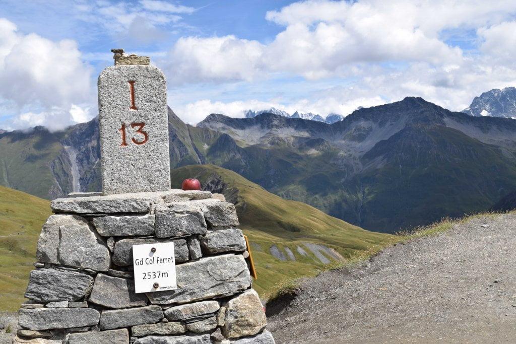 L'arrivo al Col du Grand Ferret.