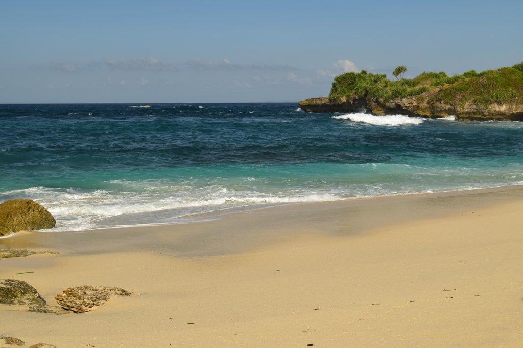 Cosa vedere a Bali e dintorni: spiaggia a Nusa Lembongan.